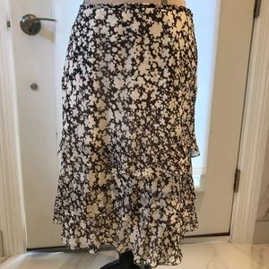 Ann Taylor black and white ruffle skirt, Size 14